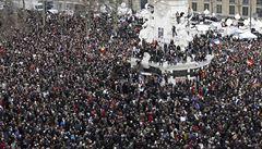 Ulicemi Paříže pochodovalo 1,5 milionu lidí. Podívejte se