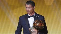 Králem fotbalu je Cristiano Ronaldo. Zlatý míč získal potřetí v kariéře