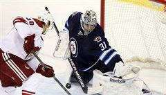 Frolík dal proti Winnipegu desátý gól sezóny, Pavelec byl hvězdou zápasu
