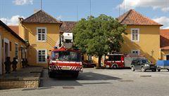 Hradní absurdita: aby byla hasičská jednotka na úrovni, musí se změnit zákon