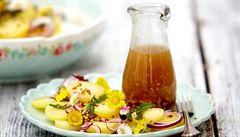 Pampeliška či sedmikráska. Zkuste vařit z jedlých květin