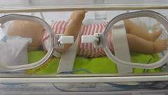 Novorozence na Karlovarsku bude převážet speciální sanitka