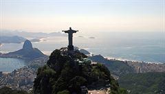 Rio láká na bílé pláže, zelené kopce i pestrobarevný festival