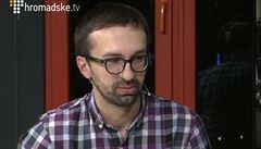 Novinář z Majdanu: Ukrajinští politici se chovají jako otroci moci