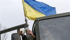 Ukrajinští nacionalisté trénují děti a mládež v boji, některým je teprve osm let