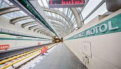 Na reklamě v novém metru bude vydělávat kritizovaná firma Rencar