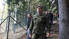 Obžalovaný generál kvůli zdraví opustil armádu, výsluhu dostane. Stropnický to prověří