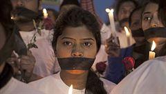 Mrazivé záběry z ulice. Zákaz 'Dcery Indie' filmu o znásilnění pomohl
