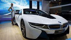 BMW hledá 'zabijáka Tesly'. Do vývoje elektromobilů nalije miliardy eur
