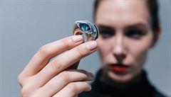 Cennější než luxus může být sedět v džínách u kafe, říká šperkařka