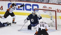Pavelcův Winnipeg v play off končí. Sérii s Anaheimem prohrál 0:4