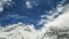 Ve stanu pod vrcholem Everestu byla nalezena těla čtyř mrtvých horolezců