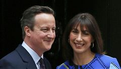 Expremiér Cameron vydal paměti. Popisuje smrt syna i prospěchářství Borise Johnsona