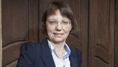 Ředitelka Parlamentního institutu rezignovala. Po dvaceti letech prý 'přestárla'