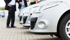Poptávka po autech v Británii je nejvyšší za deset let