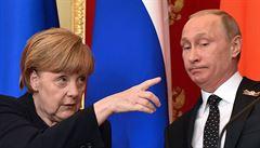 Kreml cenzuroval Merkelovou. Poupravil tvrdou kritiku anexe Krymu