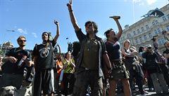 Stovky lidí protestovaly proti vyklizení Cibulky. Chtějí obnovit nájem