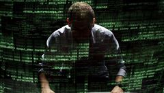 Tady ČNB, pošlete nám své heslo. Kyberzločin zneužívá i centrální banku