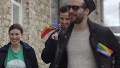 Irsko rozhodne o sňatku homosexuálů. Nelegální kampaně ostří spory
