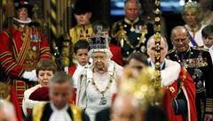 Královna Alžběta II.: Britové budou moci rozhodnout o členství v EU