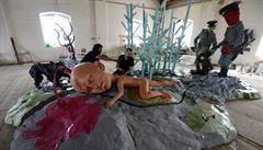 Zkrvavená socha Pode Balu pobouřila v Bruselu levicové poslance