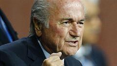 Další ulité miliony ve FIFA. Blatter prodal televizní práva hluboko po cenou