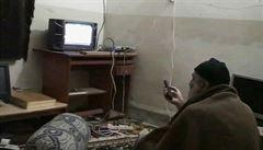 Američané zveřejnili bin Ládinova domácí videa