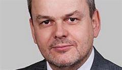 Exředitel Koval čelí obvinění, že vzal úplatek, hrozí mu až deset let