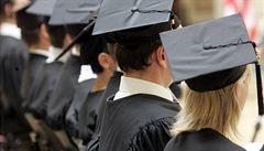 Středoevropská univerzita musí přijímat nové studenty ve Vídni