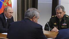 Putin: Vojáky od hranic s Ukrajinou stahujeme. Musíte se lépe dívat