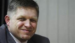 Fico hodlá šetřit, může Slovákům zvýšit daně