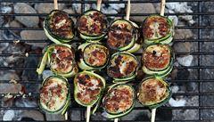 Italské spiedini. Jemně pikantní kuřecí špízy na grilu