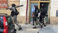Dvakrát utekl policii. Po jedenácti hodinách ho dopadla zásahová jednotka