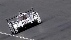 Hybridní Porsche ukončilo na závodě 24 hodin v Le Mans nadvládu Audi