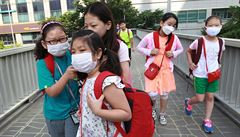 Lidé by měli zvážit kvůli MERS cesty do Koreje, varuje ministerstvo