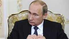 Putin vrací úder Západu. O rok prodloužil embargo na dovoz potravin