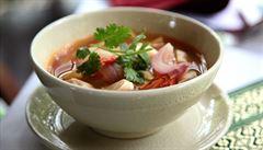 Dokonalé propojení chutí a umění thajské kuchyně. Vyzkoušejte polévku Tom Yam