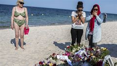 'Připadám si, jako bych zemřel společně s těmi mrtvými,' říká otec tuniského útočníka