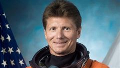 Nejdéle ve vesmíru. Ruský kosmonaut Padalka překonal rekord