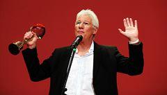 Filmový festival v Karlových Varech začal. Hvězdný Gere ocenil dalajlamu i Havla
