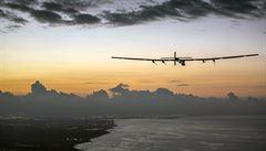 Solární letoun překonal Pacifik a přistál na Havaji. Vytvořil nový rekord