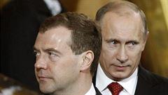 Zrušme ministerstvo pro Krym, navrhl Medveděv Putinovi. Hlava Kremlu souhlasila