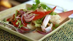 Exotický salát z mořských plodů. Osvěžující, dietní a vysoce nutriční