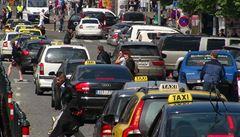 Praha se chystá na stávku taxikářů. Plánuje posílit i spoje MHD