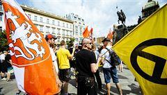 Vědci a akademici jsou znepokojeni xenofobií v Česku. Spouští petici