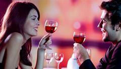 Kdy se neostýchat a vrátit v restauraci víno?