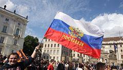 'Fašismus zvedá hlavu.' V Praze demonstrovali přátelé Ruska