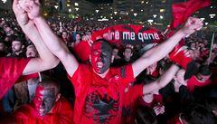 Týden bojů mezi fanoušky. Válečné křivdy mění fotbal, zakročí UEFA?