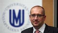 Babiš nabídl post ministra školství rektoru Bekovi. Ten návrh odmítl