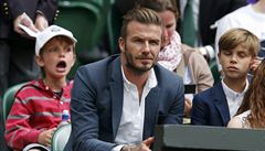 VIDEO: Skvělý reflex. Beckham chytil míček z podání a vysloužil si potlesk